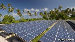 Uno degli impianti solari che ha rimpiazzato i generatori diesel per rifornire di elettricità Tokelau